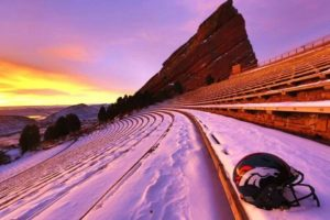 denver-bronco-red-rocks